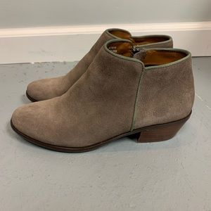 Crown Vintage Booties in Brown